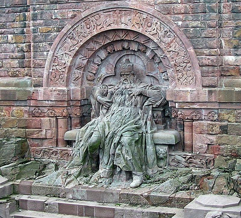 Monument Barbarossa foto  Ijon Tichy