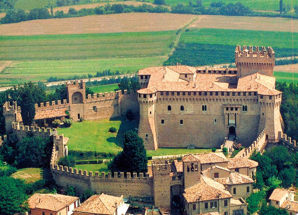"""In occasione di """"Il Medioevo fra noi"""" l'ingresso alla Rocca di Gradara sarà gratuito"""