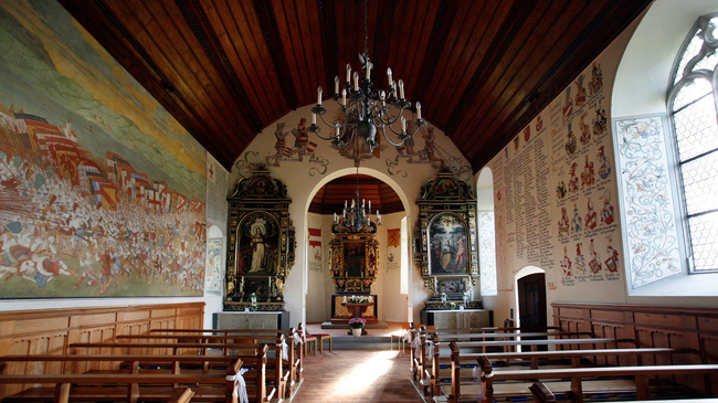 L'affresco della battaglia nella parete della chiesa di Sempach