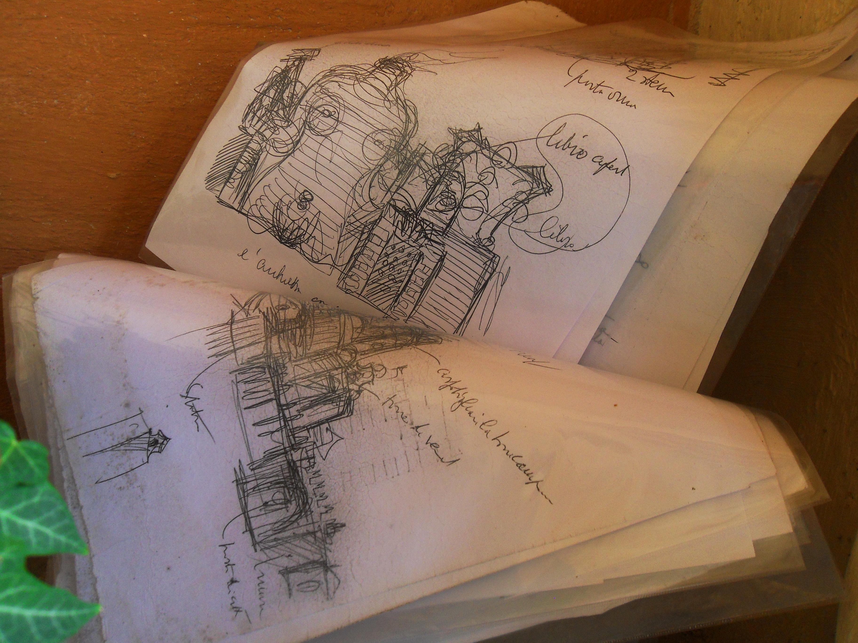 Gli appunti di Tomaso Buzzi, che Marco Solari porta con sé quando guida i turisti alla Scarzuola