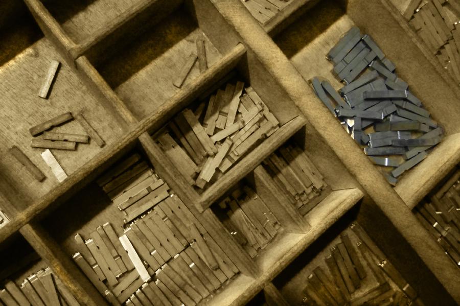 Cassetto a caselle per caratteri mobili da tipografia