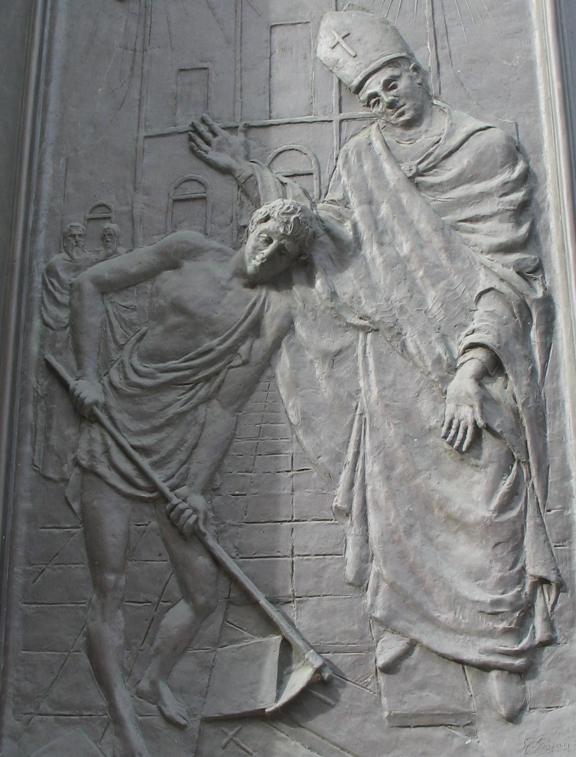Papa Gelasio, portale della basilica dei santi Protasio e Gelasio di Rapallo