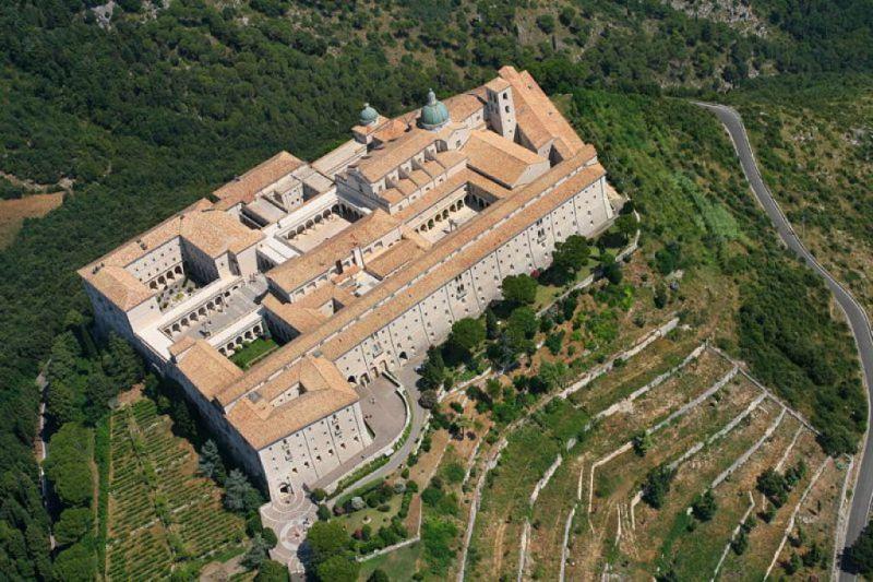 L'Abbazia di Montecassino vista dal cielo