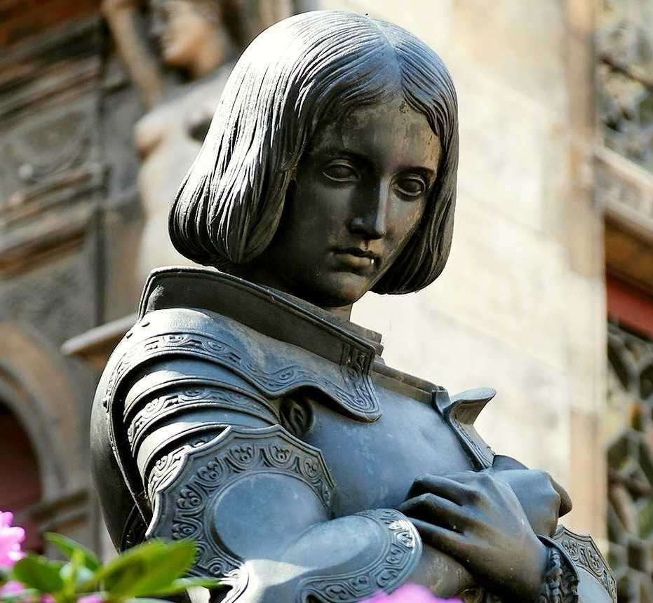 La statua di Giovanna d'Arco a Orléans
