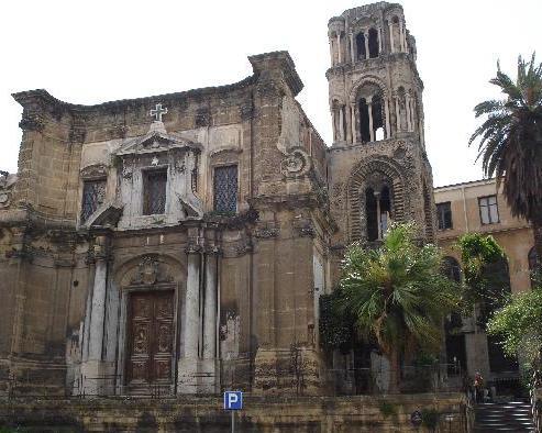 la-chiesa-di-santa-maria-dellammiraglio-nota-come-la-martorana-fu-fondata-nel-1143-per-volere-di-giorgio-dantiochia
