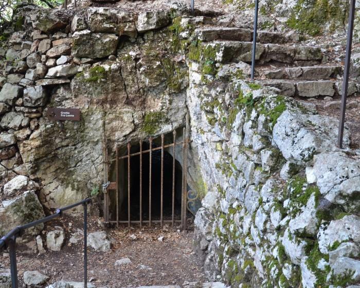 grottagiaciglio-700x561
